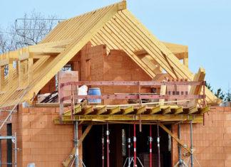 Nie oszczędzaj na materiałach przy budowie domu