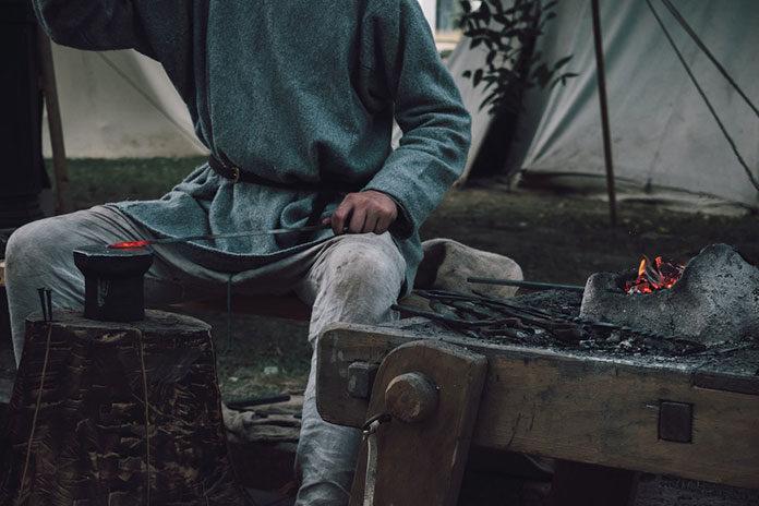 Idealne buty robocze na budowę – jakie wybrać?