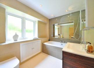Jak wybrać odpowiedni salon łazienek